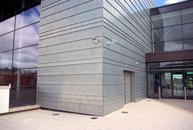 PROJECT: BELFAST MET COLLEGE, SPRINGVALE, BELFAST. ARCHITECT: OSTICK & WILLIAMS MATERIAL: ZINTEK PRE-WEATHERED ZINC SYSTEM: HORIZONTAL TRADITIONAL STANDING SEAM
