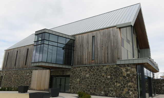 PROJECT: SEAMUS HEANEY HOMEPLACE, BELLAGHY MATERIAL: RHEINZINK BLUE GREY SYSTEM: TRADITIONAL STANDING SEA